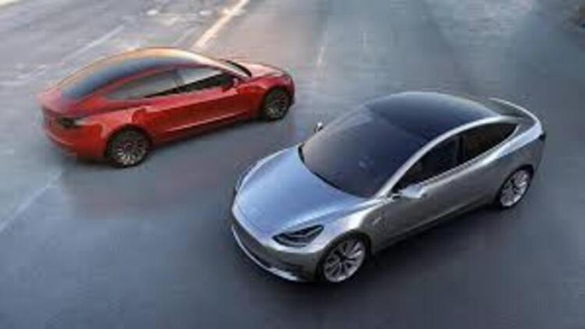 Tesla binlerce aracını geri çağırıyor