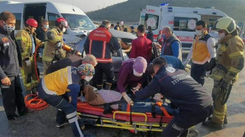 Bursa'da feci kaza: Yaralılar var!