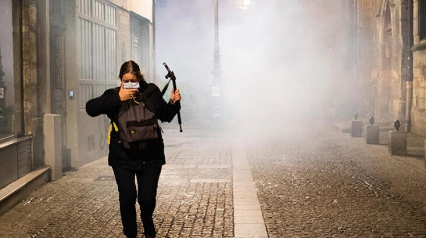 Fransa otoriter bir rejime kayma sürecinde