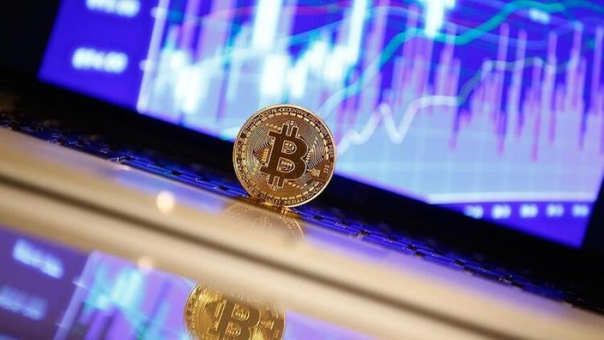 Bitcoin'de gerileme devam ediyor