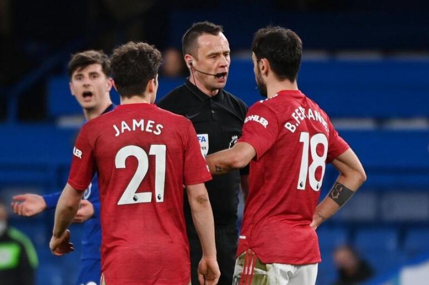 Chelsea - Manchester United maçında İngiltere'yi karıştıran karar!