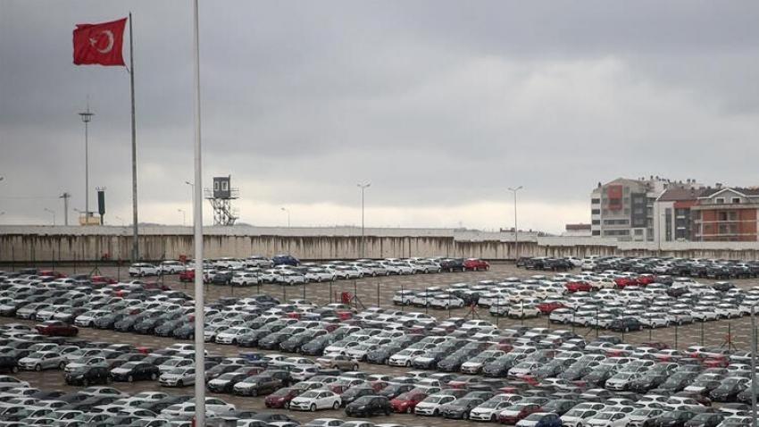 Otomotiv pazarı yüzde 37.4 büyüdü