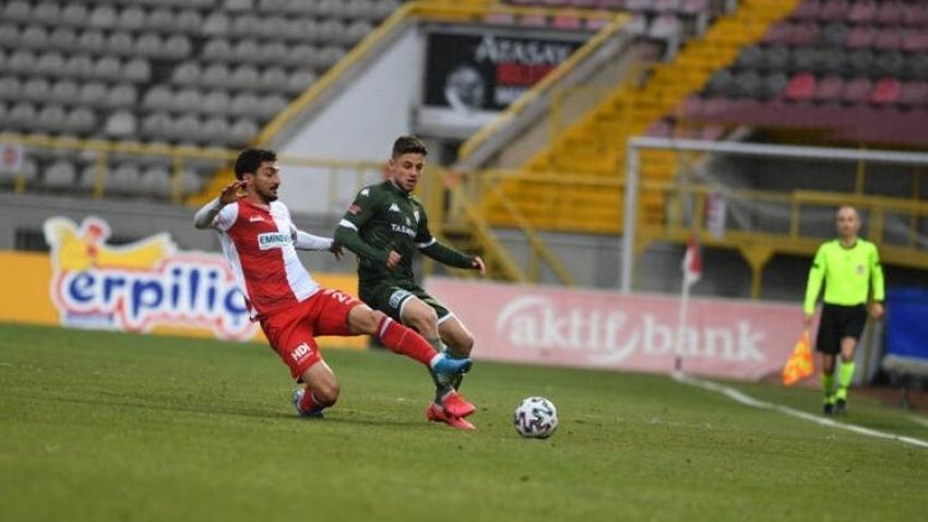 Bursaspor play-off şansını zora soktu
