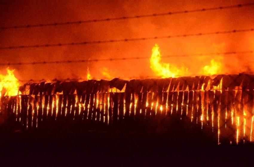 Cam fabrikasında büyük yangın!