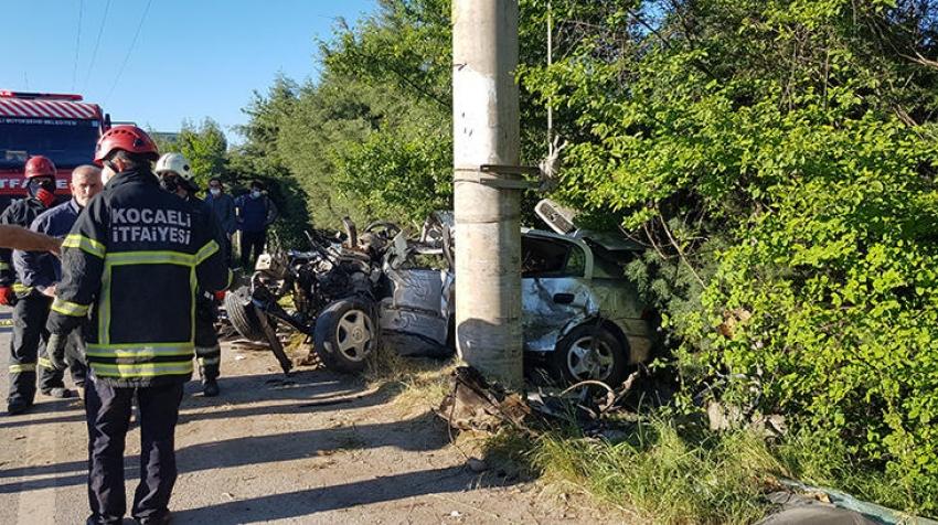 Korkunç kazada sürücü feci şekilde can verdi!