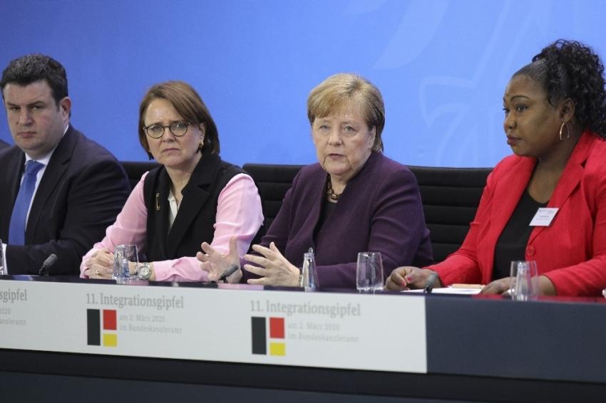 Merkel'den İdlib için 'ateşkes' vurgusu
