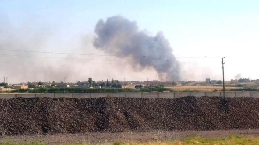 Terör örgütü PKK/PYD Telabyad'da halkın ekinlerini yakıyor