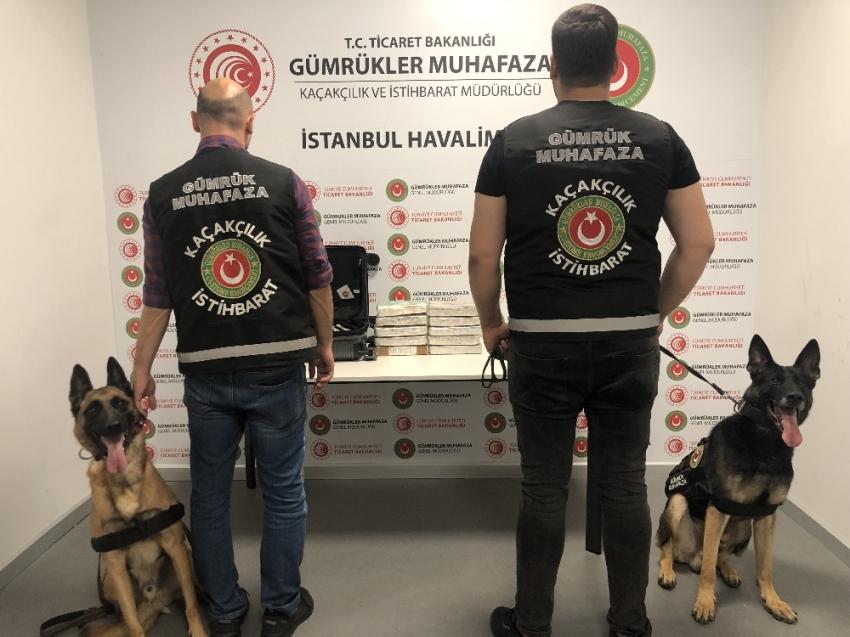 İstanbul Havalimanı'nda 13 kilo kokain ele geçirildi