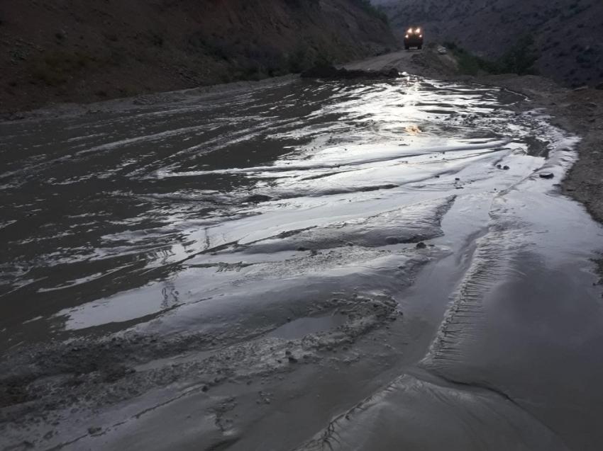 Maden işletmesinin atık borusu patladı