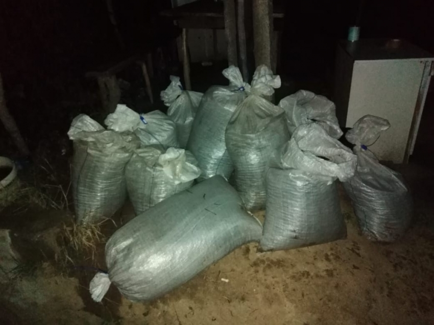 Ukrayna-Romanya sınırında 270 kilo değerli taş ele geçirildi