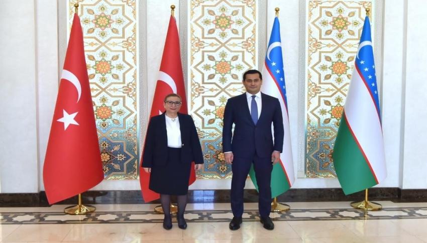 """Bakan Pekcan: """"Özbekistan ile ikili ekonomik ve ticari ilişkilerimizi kazan-kazan modeliyle dengeli bir yapıda arttırmayı hedefliyoruz"""""""