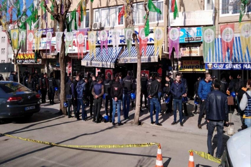 Siirt'te HDP'lilerin yürüyüşüne izin verilmedi