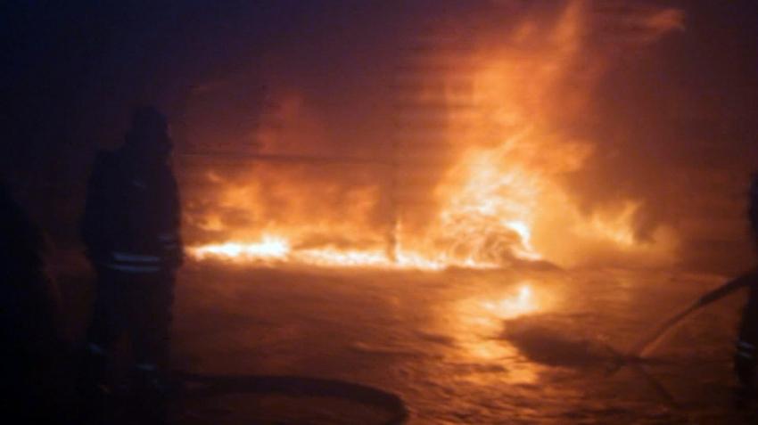 Sivas'ta geri dönüşüm fabrikasında korkutan yangın