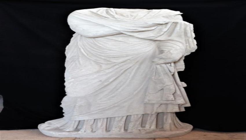 Patara'da Roma dönemine ait kadın heykeli bulundu