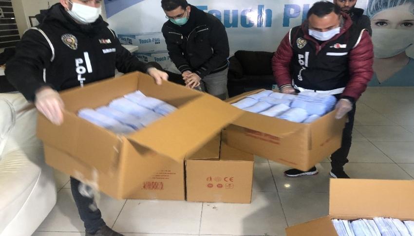 Bursa'da sağlık açısından yetersiz 100 bin tıbbî maske ele geçirildi