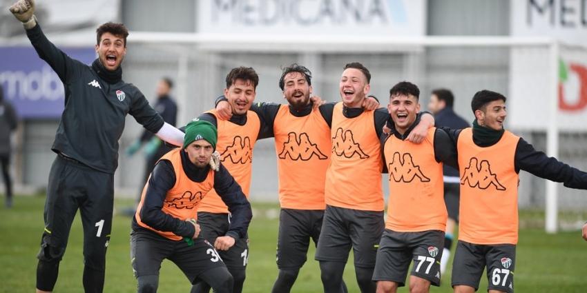 Bursaspor'a çalışmalara devam ediyor