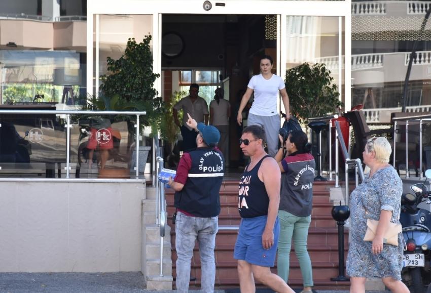 Turist otel odasında ölü bulundu