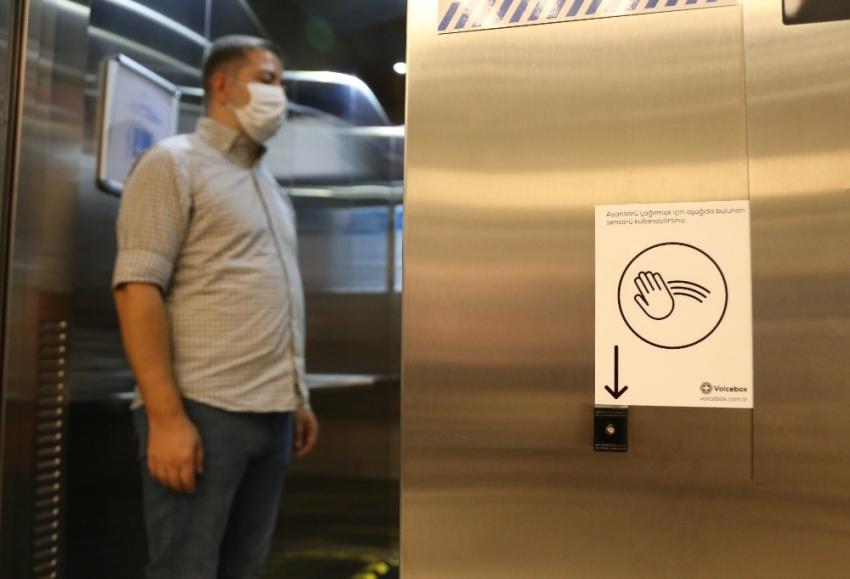 Türk mühendislerinin geliştirdiği temassız asansör ses komutları ile çalışacak