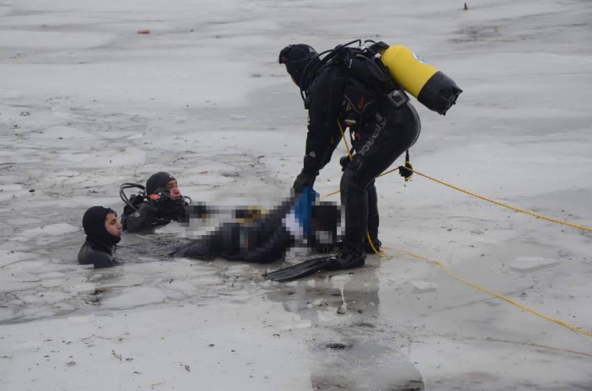Buz kırılınca çaya düşen 2 çocuk boğuldu