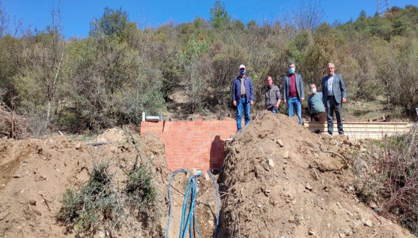 Köylerde içme suyu hattı çalışmaları devam ediyor