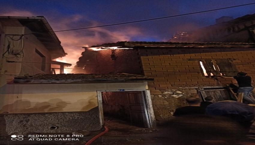 Kütahya'da samanlık yangını