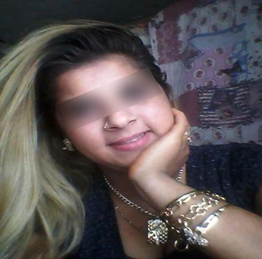 Genç kız annesini döven babasını öldürdü