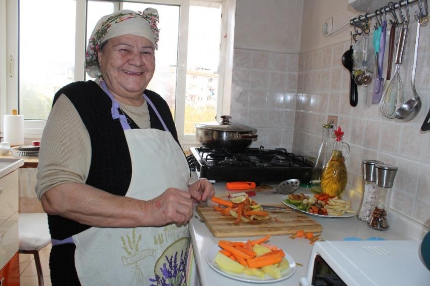 76''ık Youtuber: Saniye Anne
