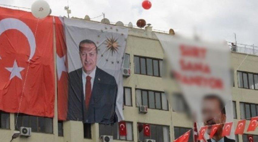 Siirt'te dikkat çeken Erdoğan afişi