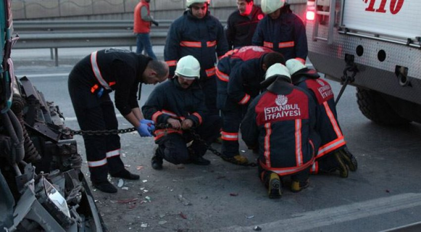 İstanbul'da zincirleme trafik kazası!