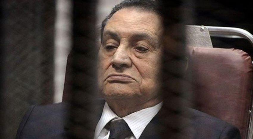 İşte Hüsnü Mübarek'e verilen ceza!
