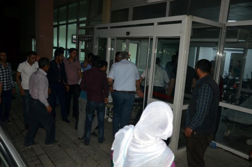 Şemdinli'de asker-kaçakçı gerginliği