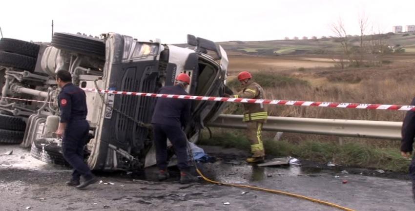 İstanbul'da hafriyat kamyonu kazası: 1 ölü