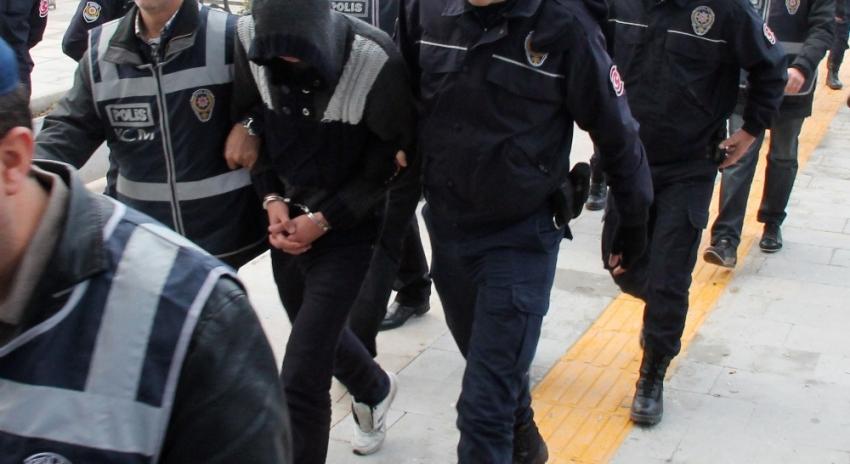 Berbere uyuşturucu baskını: 9 gözaltı