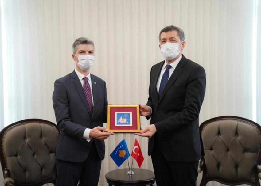 """""""Kosova ile eğitim alanındaki iş birliğimizi güçlendiriyoruz"""""""