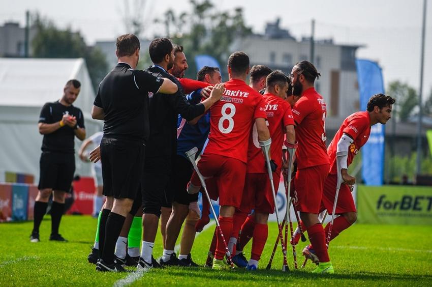 Ampute A Milli Futbol Takımı yarı finale yükseldi