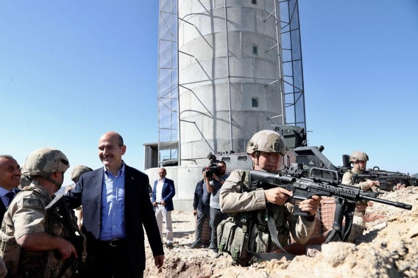 """Bakan Soylu:""""Bir siyasi parti PKK'nın adam alma merkezi"""""""