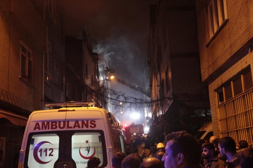 İstanbul'da yangın: 4'ü çocuk 7 yaralı