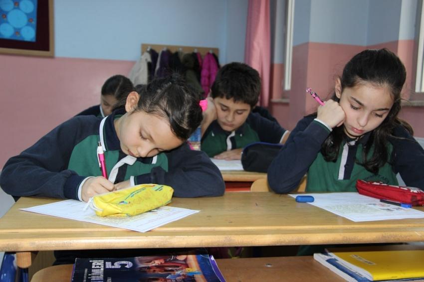 Öğrenciler gözetmensiz sınav oldu