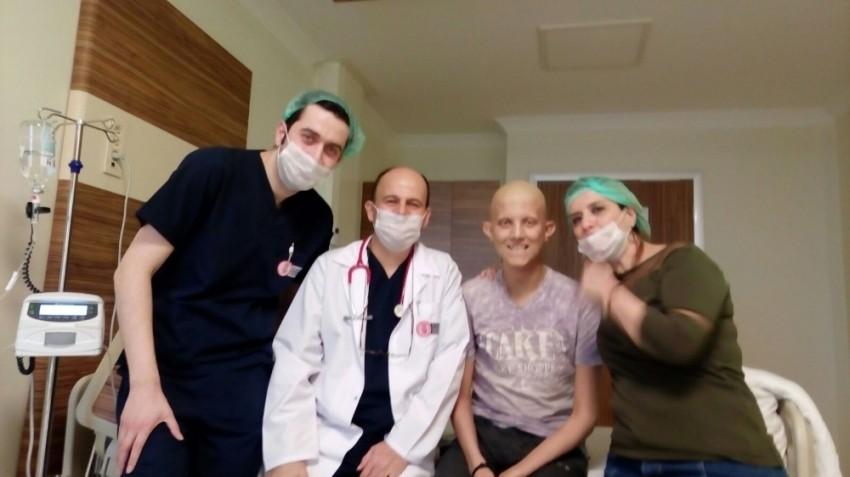 Lösemi hastası Dolunay yardım bekliyor