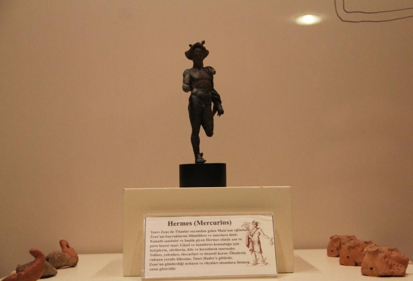 2 bin yıllık Hermes heykeli tesadüfen bulundu