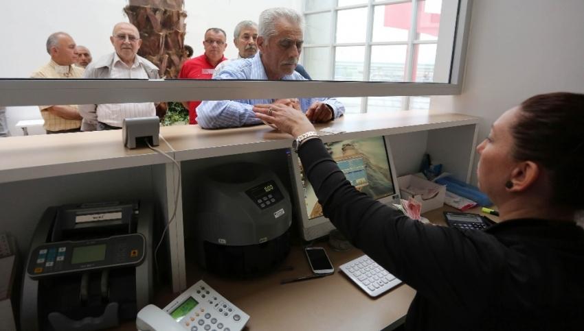 Bankalar tüm kredilerde standartları sıkılaştırdı