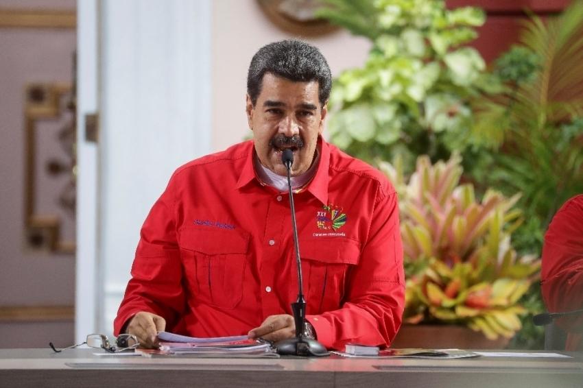 Maduro, Kolombiya'nın tehditlerine karşı Savunma Konseyi'ni topladı