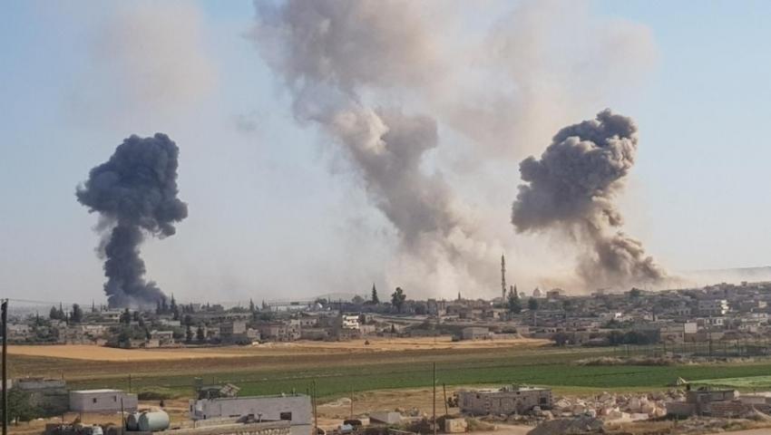Mülteci kampına hava saldırısı: 3 çocuk öldü