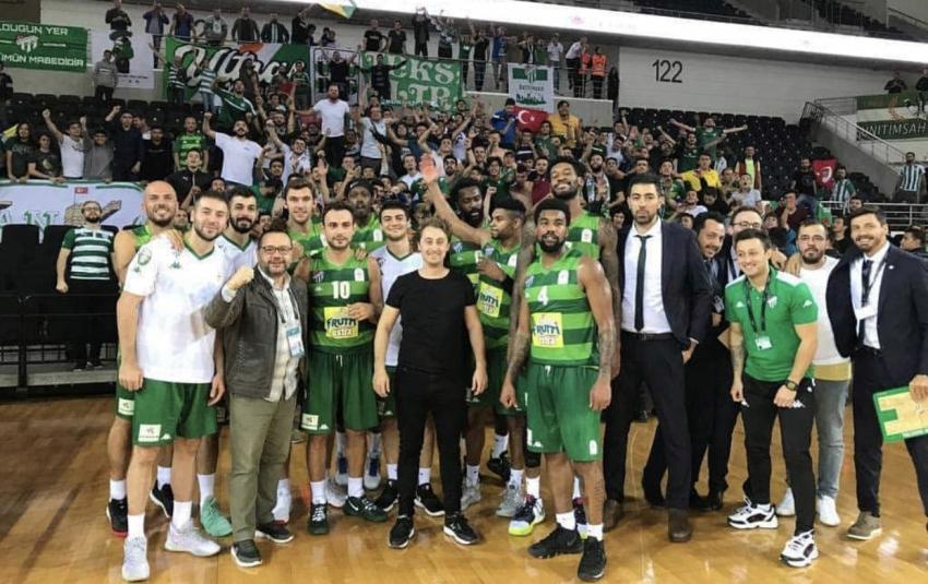 Frutti Extra Bursaspor, şen dönüyor: 82-81