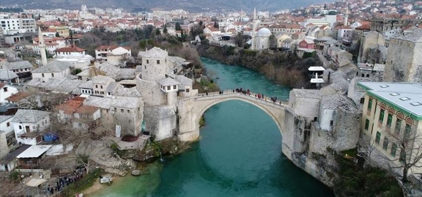 Azerbaycan'a bir destekte Bosna Hersek'ten