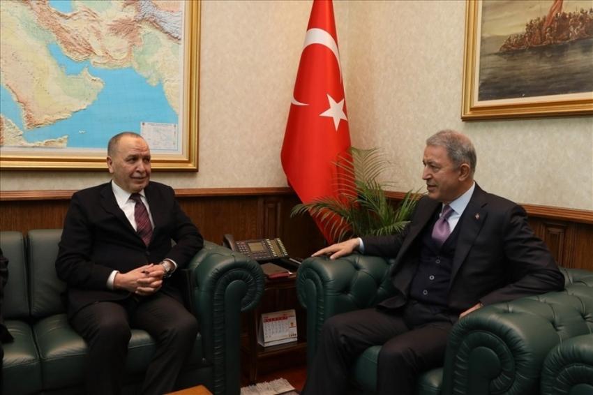 Bakan Akar Libya Büyükelçisi Abdulkadir'i kabul etti