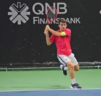 Istanbul Indoor Challenger'da Ergi Kırkın ikinci turda