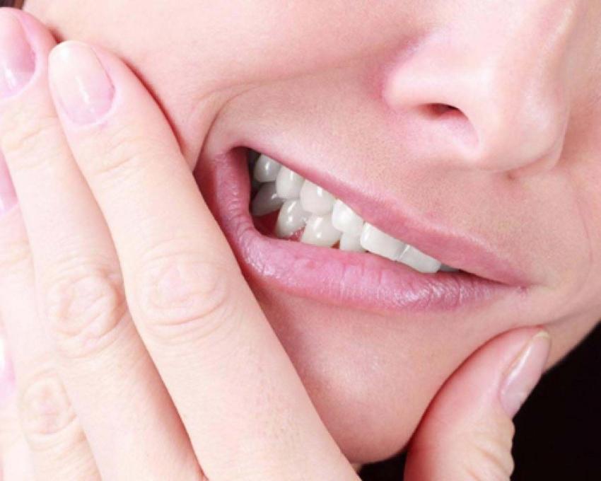 Diş hassasiyetini tetikleyen faktörler