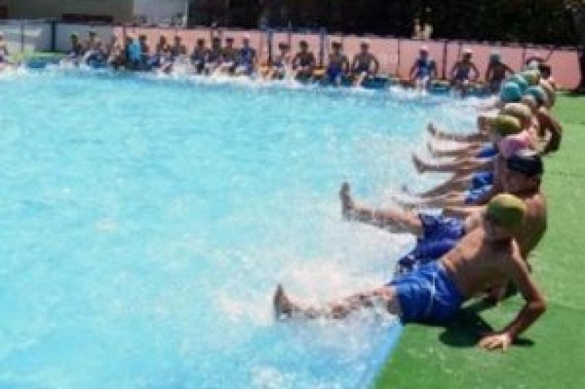 Havuza girenlere önemli uyarı! Zehir olmasın