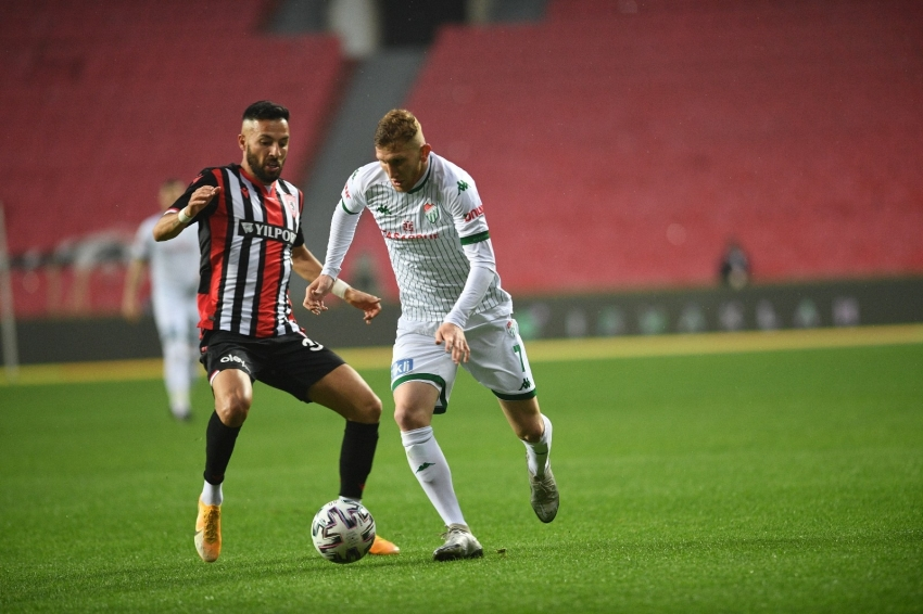 Bursaspor'un Play-Off şansı matematiksel olarak sona erdi